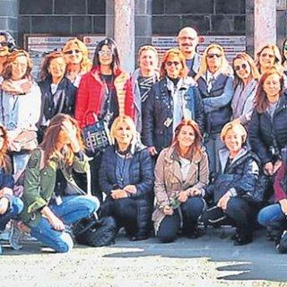 İyilik için gezen 80 kadın Mardin'de