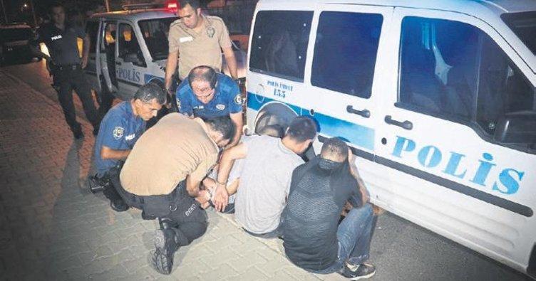 Polisten kaçan otomobildeki 6 kişi kapanla yakalandı