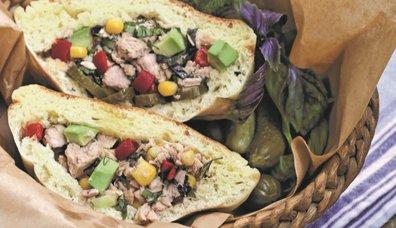 Avokadolu Ton Balıklı Sandviç
