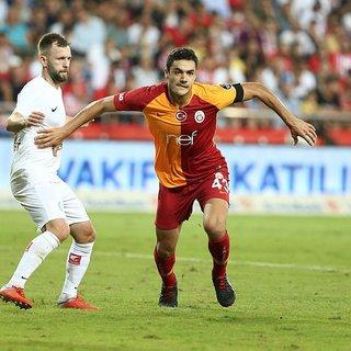 Galatasaray'da Ozan Kabak kararı verildi