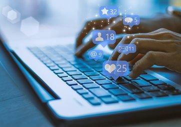 Sosyal medyadaki bazı hesaplara büyük şok!