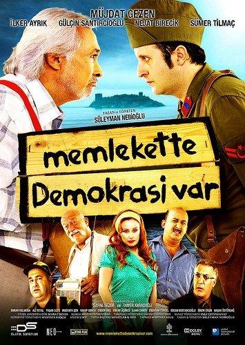 Memlekette Demokrasi Var filminden kareler