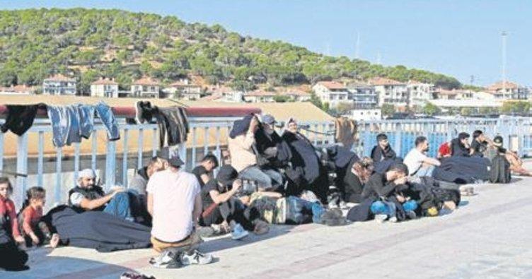 Çeşme'de 82 kaçak göçmen yakalandı