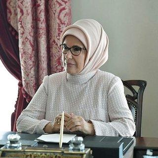 Emine Erdoğan'ın gözünden gazeteci- yazar Şule Yüksel Şenler