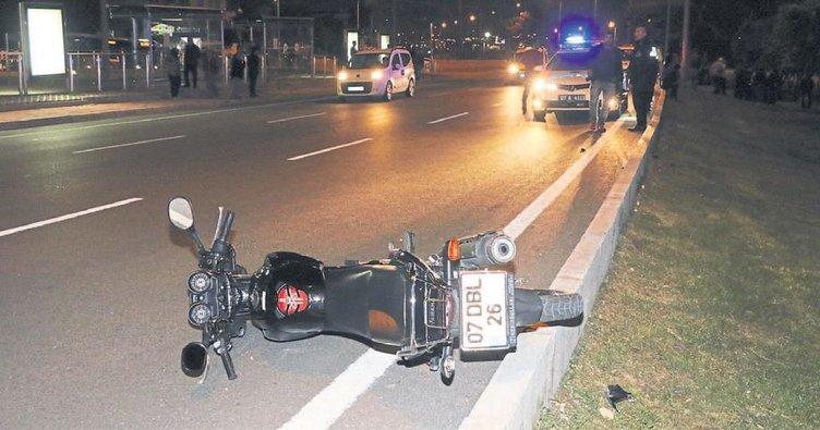 Motosikletini ölüme sürdü