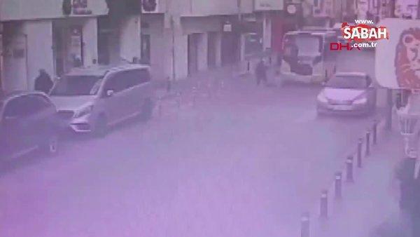 İstanbul Bayrampaşa'da minibüsün kadına çarpma anı kamerada| Video