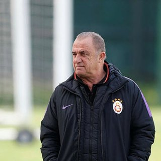 Galatasaray'da Fatih Terim gönderilecek isimleri belirledi