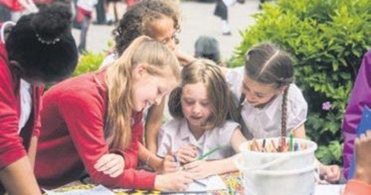 Öğrenciler sokakta ders işleyecek