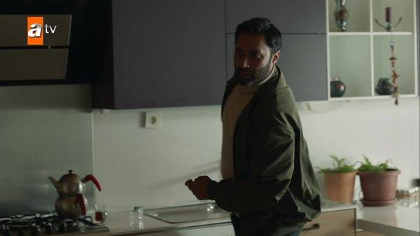 Mahur ve Maraşlı'ya silahlı saldırı! Maraşlı 15. son bölümde nefes kesen sahne! | Video