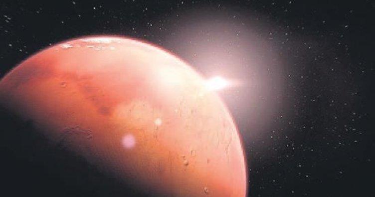 İşte tepeden tırnağa Mars!