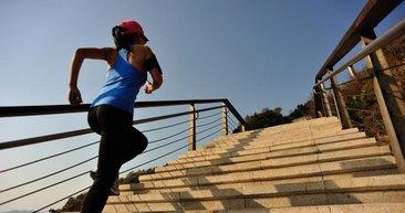 Merdiven inip çıkmak spor salonuna gitmekten daha sağlıklı