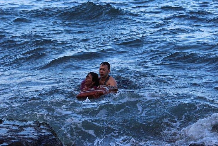 Psikolojik tedavi gördüğü iddia edilen kadın Trabzon'da buz gibi suya atladı!