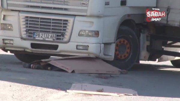 Esenyurt'ta tır sürücüsünün feci ölümü | Video