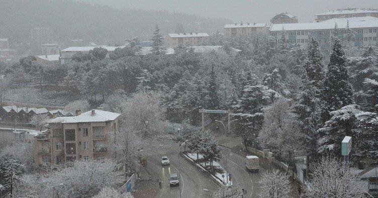 Kütahya'daki beyaz güzellik havadan görüntülendi