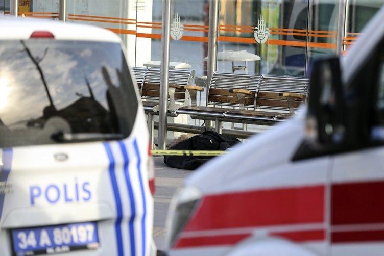 İstanbul'da korkunç olay! Tramvay durağında ceset bulundu