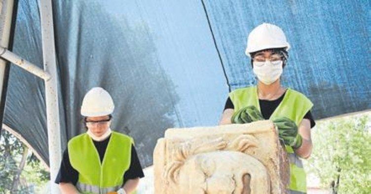 Mitolojik masklar restore ediliyor