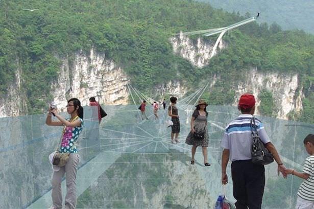 Bu köprülerden geçmek yürek ister!