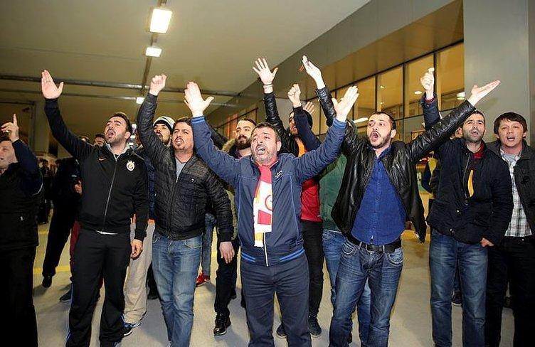 Galatasaray'a protestolu karşılama
