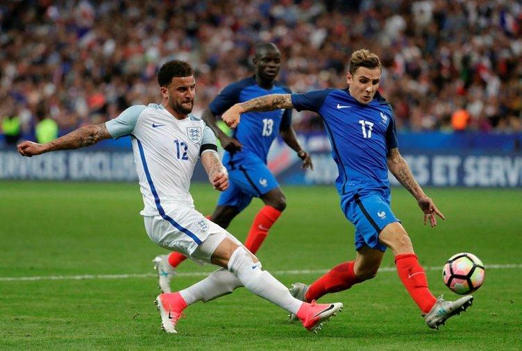 Video hakemden hem kırmızı kart hem penaltı!