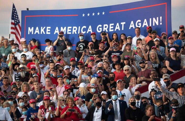 Son dakika haberi: Trump, korona sonrası ilk mitingini yaptı! Adeta coştu: Hepinizi öpebilirim...
