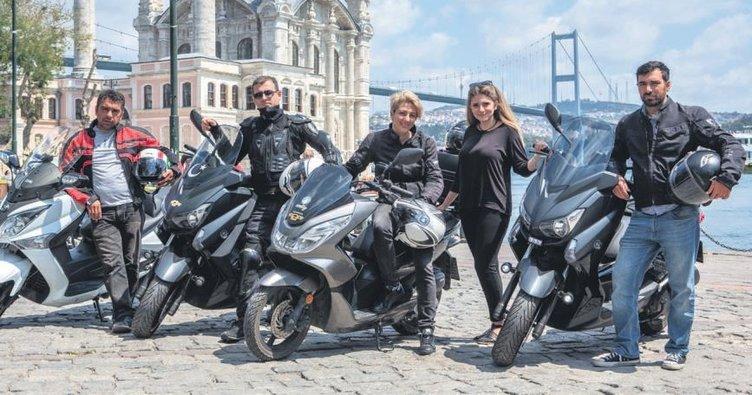 Motosiklet sürücüleri artık yolcu taşıyor