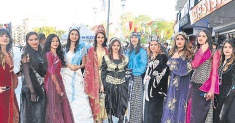 Denizli'de turizm haftası etkinliği