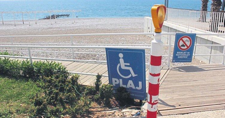 Engelliye deniz yok!