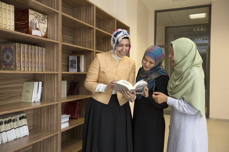 TÜRGEV öğrencileri geleceğe hazırlıyor