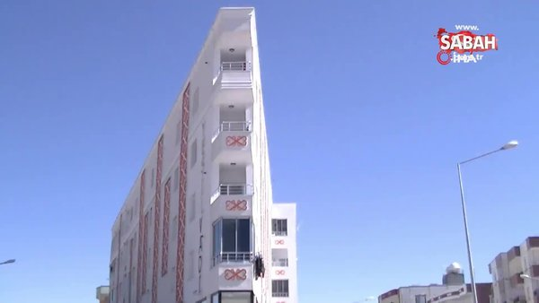 Mardin'de görenleri şaşkına çeviren bina kamerada | Video