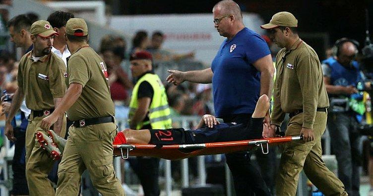 Beşiktaş'ın Hırvat oyuncusu Domagoj Vida, milli maçta sakatlandı