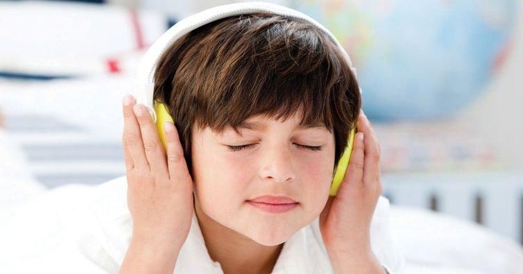 Çocuklara müzikle terapi