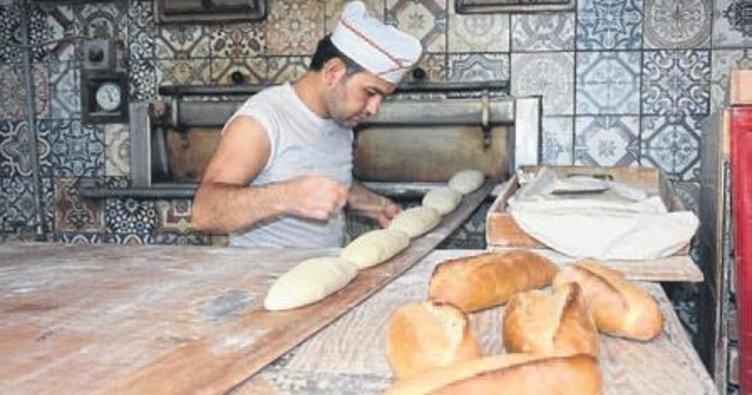 Ekmek ustalarının sıcakla mücadelesi