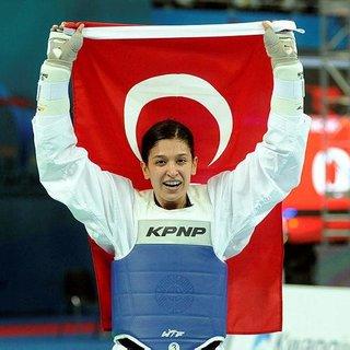 Nur Tatar spora geri döndü