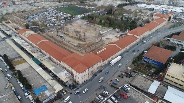 Türkiye'nin en büyük kütüphanesi olacak! Rami Kışlası havadan görüntülendi…