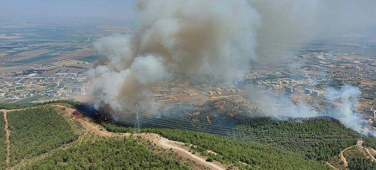 Son dakika: 3 ilde orman yangını! Haberler peş peşe geldi! Ekipler havadan ve karadan müdahale ediyor...