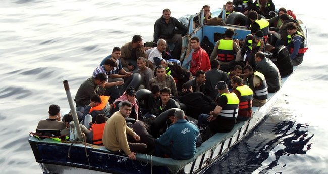 Almanya'da yönetim kademelerine göçmenler için kota getirilmesi talebi