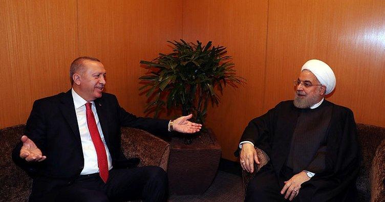 Malezya'da kritik temas! Başkan Erdoğan, İran Cumhurbaşkanı Ruhani ile bir araya geldi