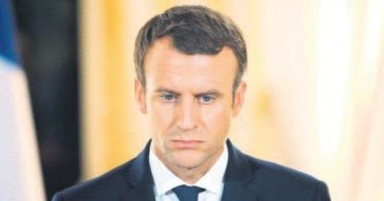 Macron'un 21 bin 75 e-postası sızdırıldı