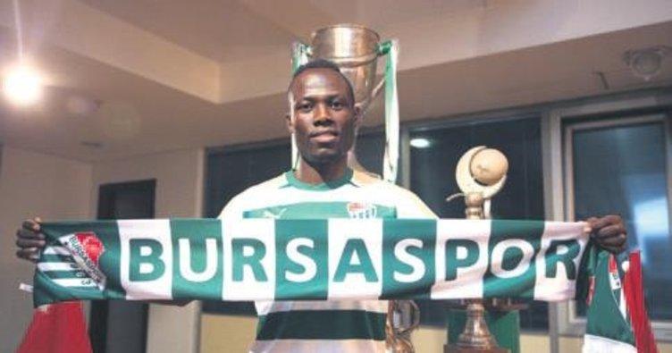 Badu: Kalitemi yükseltmek için Bursaspor'u seçtim