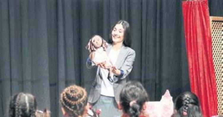 Bergama'da 2 bin 500 çocuğa tiyatro