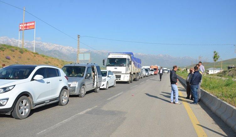 Yüksekova'da yasak kısmi olarak kaldırıldı