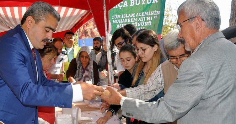 Nazilli Belediyesinin aşure geleneği sürüyor
