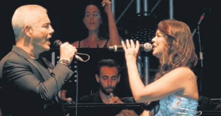 İtalyan tenor Safina sokak hayvanları için konser verdi
