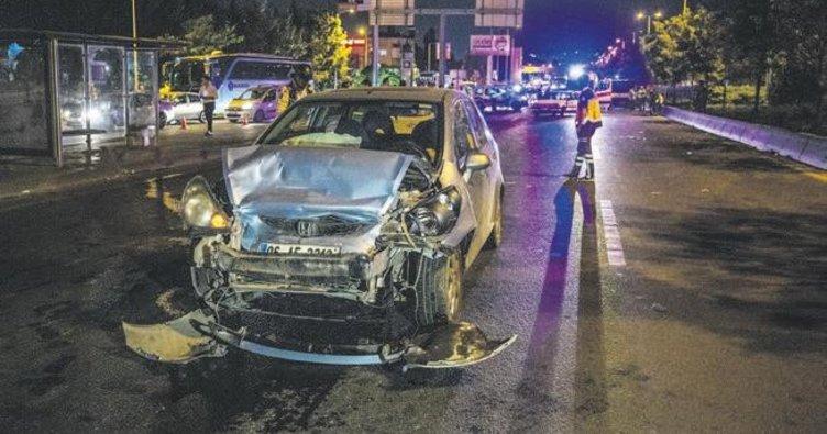 İki otomobilin çarptığı yaya öldü