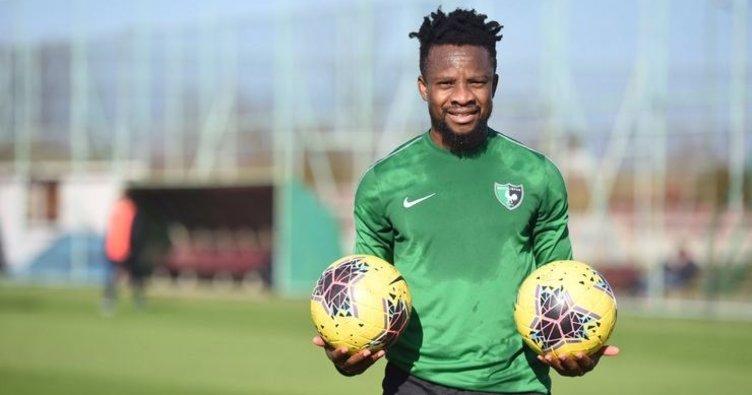 Denizlisporlu futbolcu Ogenyi Onazi'den evde kal çağrısı