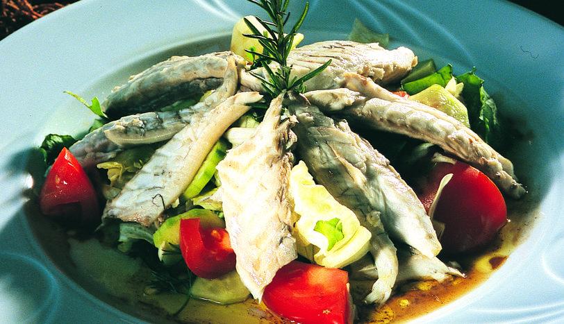 Lüfer Salata
