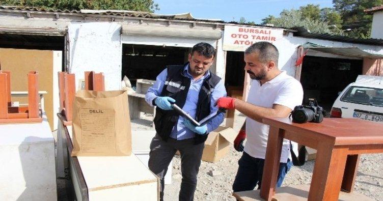 Antalya'da FETÖ deposuna baskın