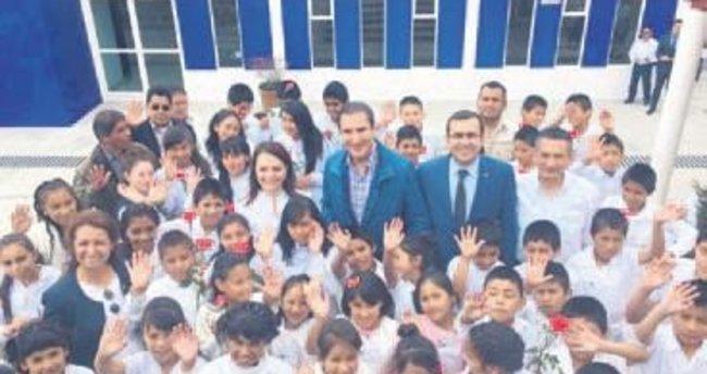 Aztek çocuklarına TİKA'dan bilgisayar
