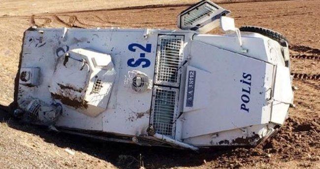 Suruç'ta polis aracı devrildi: 2 polis yaralı