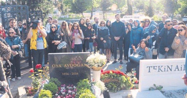 Oya Aydoğan kabri başında anıldı